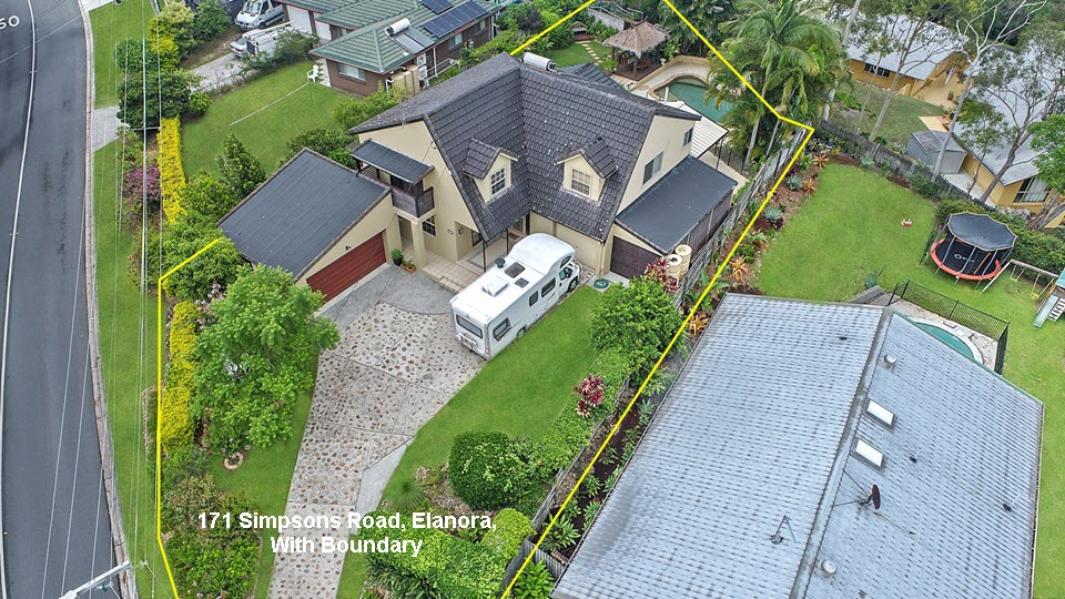 Gold Coast Real Estate Photography 2 - 171 Simpsons Road Elanora - Close-up With Boundary